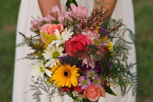 Custom Flowers | Mako's Market and Pharmacy